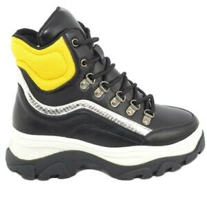 Sneakers alta donna nera con fondo buff bicolore platform e ganci in acciaio ret