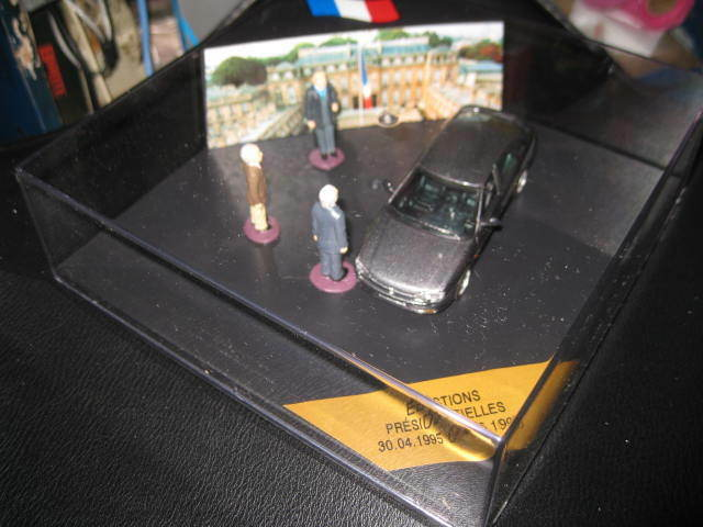 1.43 VITESSE RENAULT SAFRANE RXE FRENCH 1995 PRESIDENTIAL ELECTIONS DISPLAY