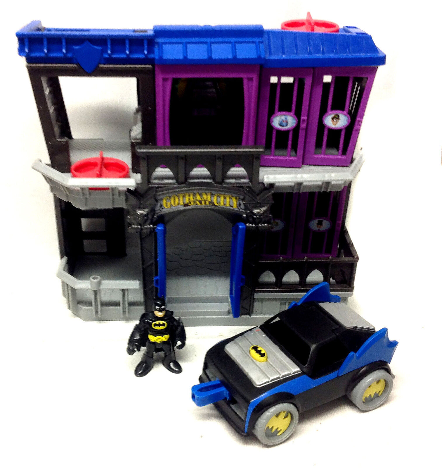 DC COMICS Fisher Price IMAGINEXT BATMAN GOTHAM JAIL w figure & Car set