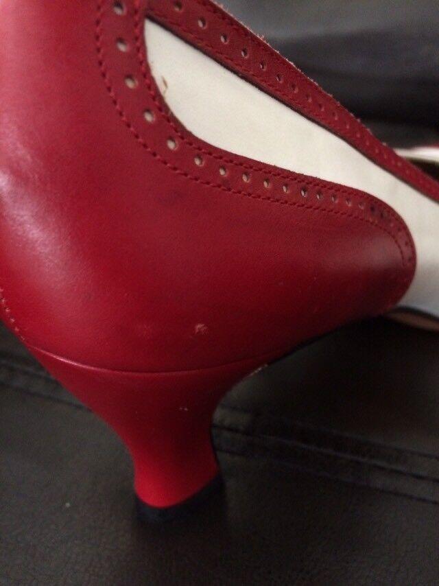 SALVATORE FERRAGAMO 2-Tone PUMPS rot Weiß Lady's PUMPS 2-Tone Größe 7 AAA 9ed93b