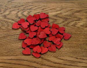 100 stk holzherzen 2cm rot herzen aus holz dekoherzen hochzeitsdeko tischdeko ebay. Black Bedroom Furniture Sets. Home Design Ideas