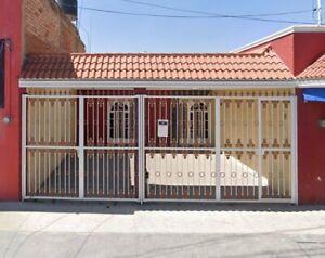 CASA DUPLEX CON LOCAL COMERCIAL EN JARDINES DE NUEVO MEXICO, ZAPOPAN.