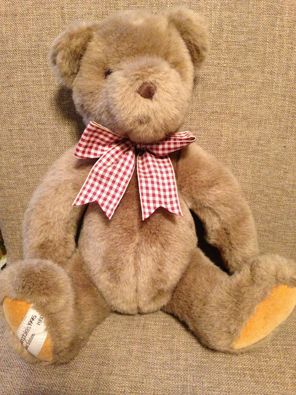 GUND 17  Bloomingdale's Numbered Limited Edition Plush Jointed Bear w Plaid Bow