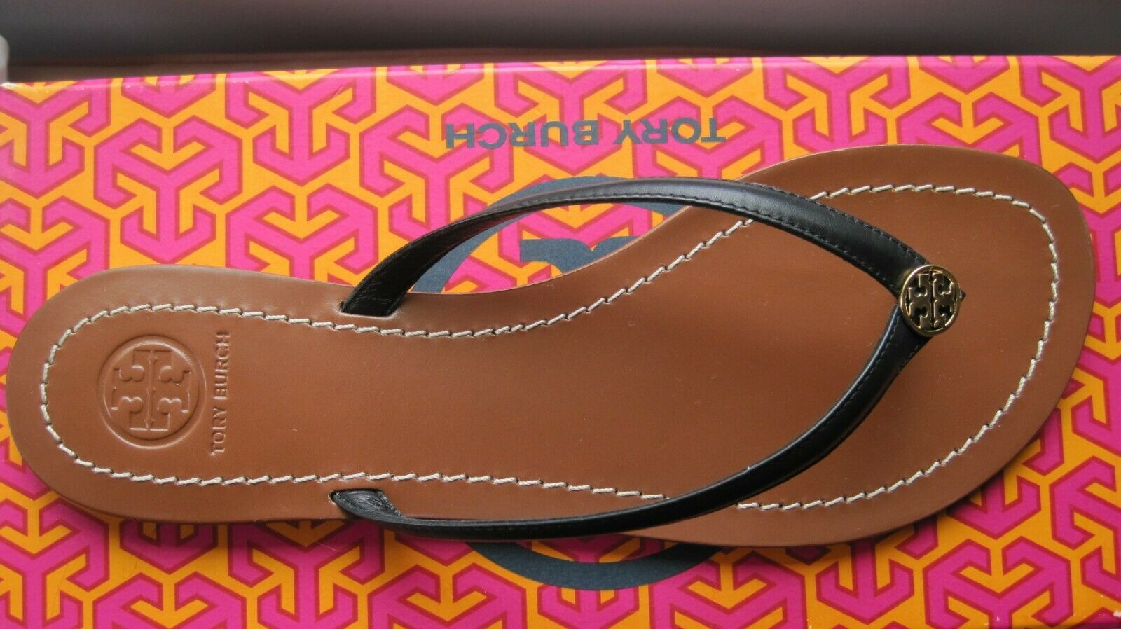BRAND NEW TORY BURCH TERRA IN BLACK AND gold SIZE 7