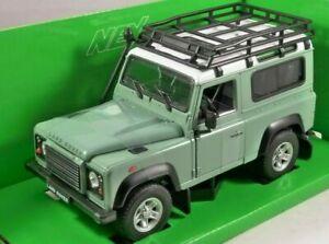 1-24-Land-Rover-Defender-luz-verde-con-Baca-y-snorkel-a-estrenar