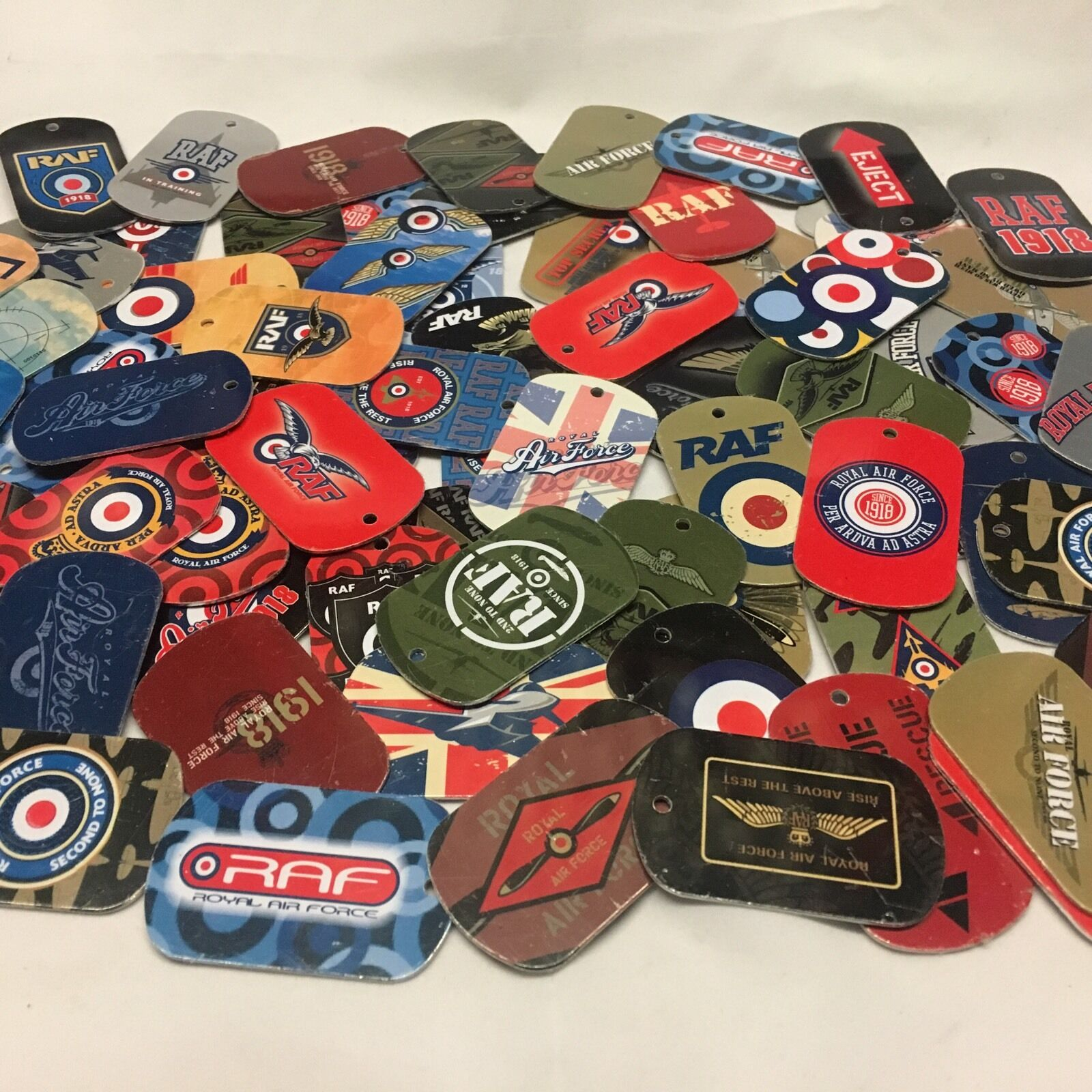 d6c09c388d4 ... CAP   SKI HAT - CHOICE OF 6 - OFFICIAL MERCHANDISE.  5.99. 100 x RAF  Dog Tags EMAX Collection New Royal Air Force Red Arrows