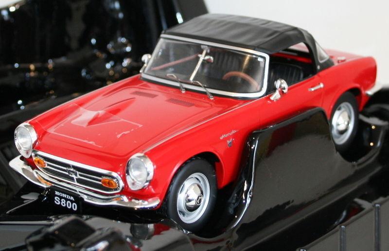 Triple échelle 9 1 18 - Honda S800 Roadster Soft Top Up Rouge-Diecast Modèle Voiture