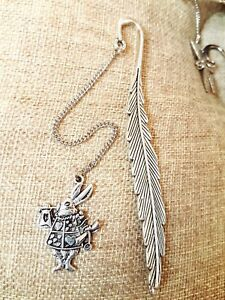 Antique-Silver-Rabbit-Bunny-Alice-in-Wonderland-Feather-Bookmark-Pendant-Gift