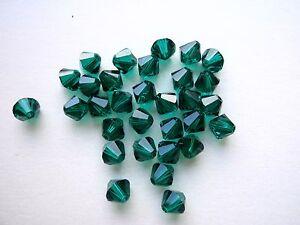 40 Swarovski Perlen 4mm Emerald Grün 5301//5328 Xilion Bicone Kristall Perlen