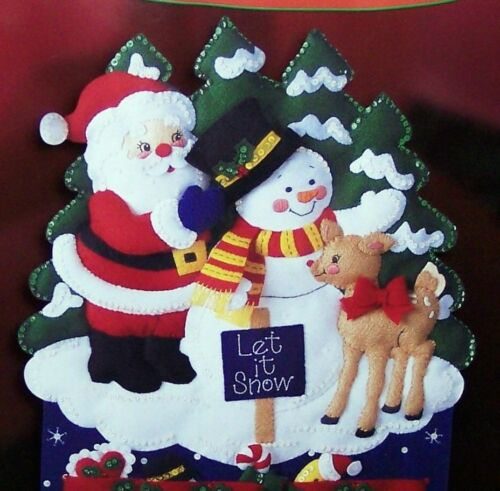 "Bucilla SANTA /""HAPPY HOLIDAYS/"" Felt Christmas Advent Calendar Kit-OOP Sterilized"