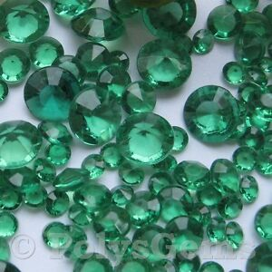 EMERALD GREEN WEDDING TABLE DIAMONDS SCATTER CRYSTALS