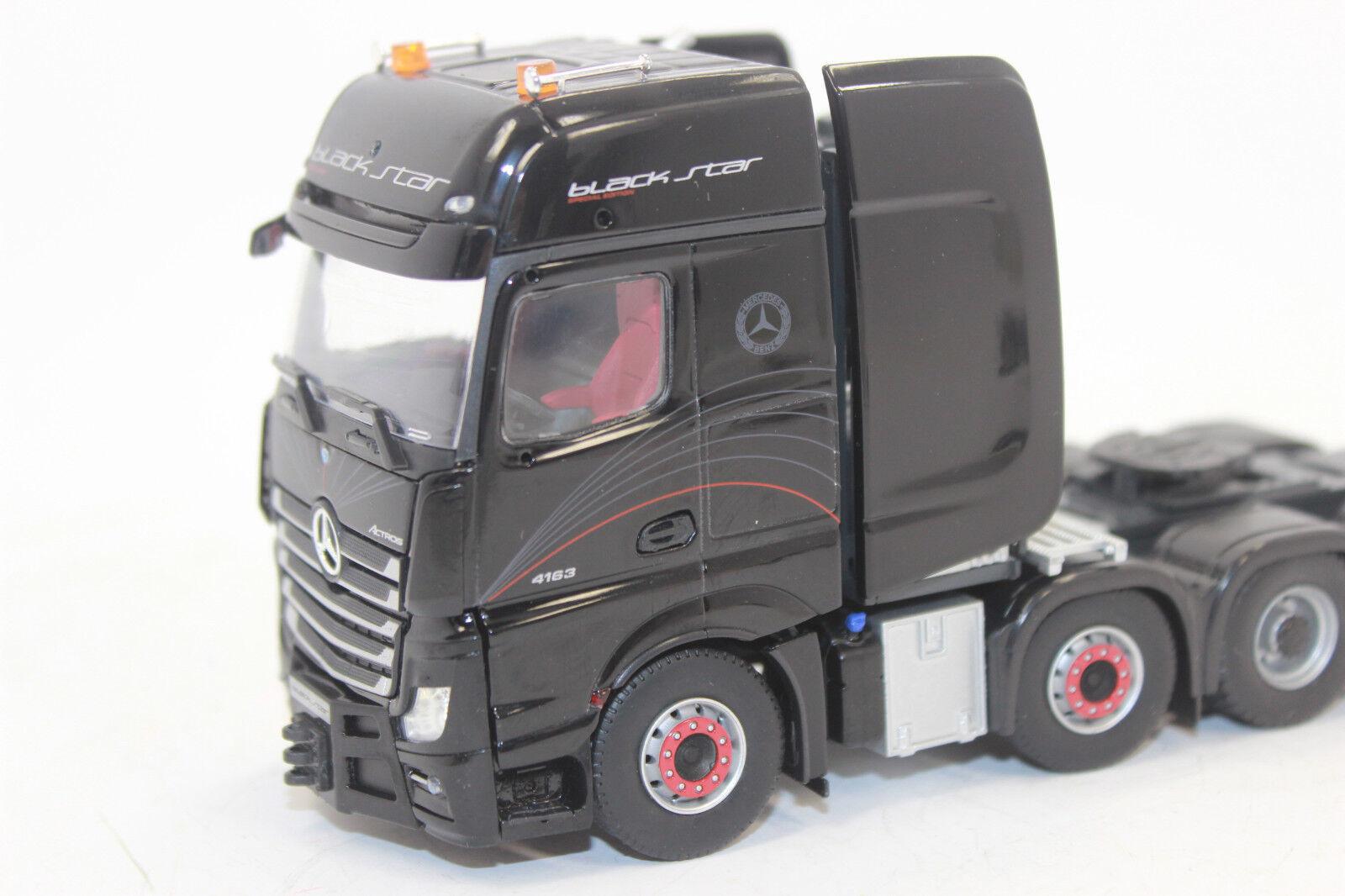 IMC 33-0060 Premium Premium Premium Série MB Actros 2 Gigaspace 8x4 Noir  star 1:50 NOUVEAU dans neuf dans sa boîte   Stocker  7dbb10