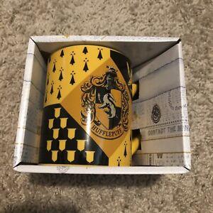 NEW Harry Potter Wizarding World HUFFLEPUFF House Crest Ceramic Mug 14oz Yellow