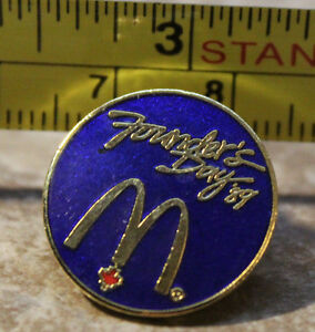 McDonalds Founders Day 1989  89 Employee Collectible Pin Button