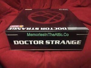 Mezco Toyz Doctor Strange présente en avant-première les figurines de défenseurs exclusives: chiffre 12