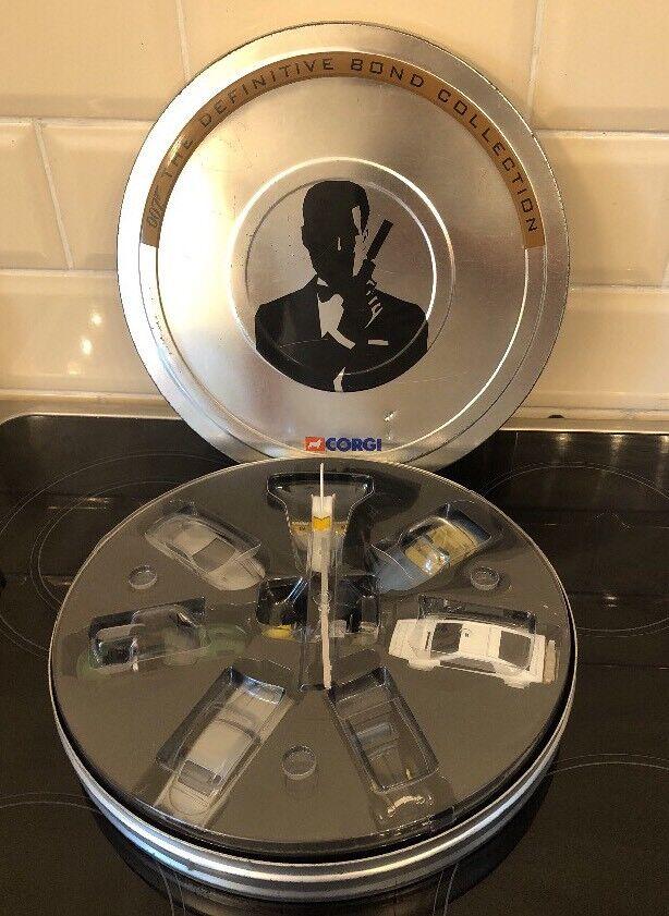 James Bond 007 Corgi 8 Car Vehicle Set Collection Film Reel Case UNUSED MODELS