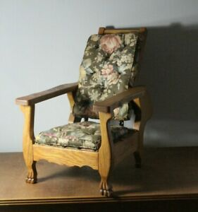 Antique-Early-20thC-Child-039-s-Oak-Reclining-Morris-Chair-with-Claw-Feet-amp-Cushions