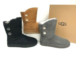 9458f355349 Details about Ugg Australia Classic Short Turnlock Boots Black Chestnut  Charcoal 1094933
