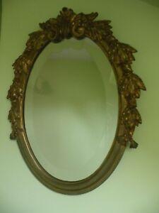 Ancien Miroir Ovale Bronze Dore Motif Feuilles Glace Biseautee 38cm X 30cm Avoir à La Fois La Qualité De TéNacité Et De Dureté