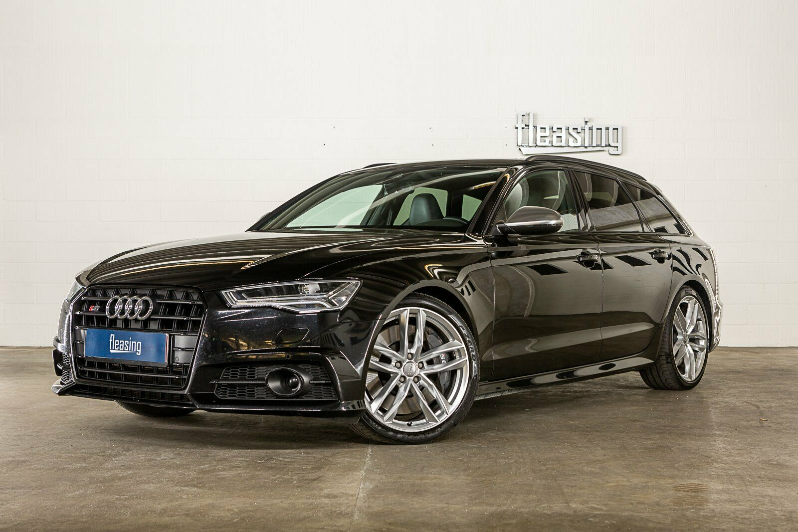 Audi S6 4,0 TFSi Avant quattro S-tr. 5d - 4.400 kr.