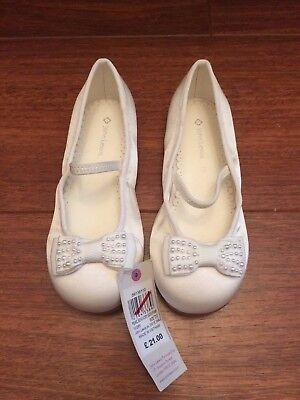 Zapatos arco de dama de honor de Perla John Lewis-Marfil-Nuevo-Varios Tamaños