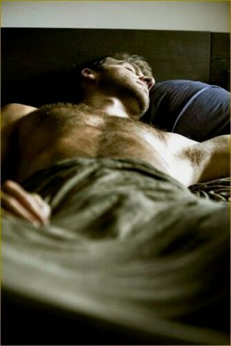 Shirtless Male Muscular Sleep Beefcake Hairy Chest Abs Arm Pits PHOTO 4X6 F1378