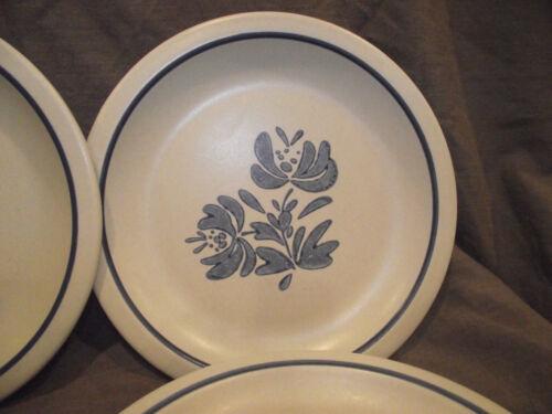"Modern Backstamp USA Set of 6 Pfaltzgraff Yorktowne 6 5//8/"" Salad Plates"