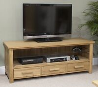 Nero Solid Oak Furniture Widescreen Tv Cabinet Stand With Felt Pads