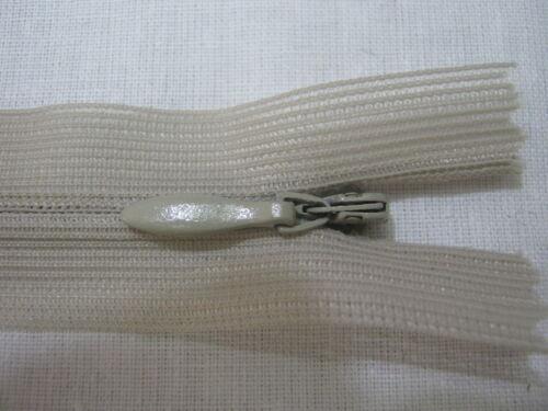 2 CHIUSURE ZIP CERNIERE LAMPO INVISIBILI ABITI LEGG LUNGHEZZA 20 cm VARI COL.