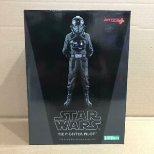 Star-Wars-A-New-Hope-Tie-Fighter-Pilot-1-10-Scale-Artfx-Statue-NEW