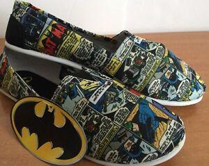 Women-batman-Flats-Shoes-DC-Comics-Slip-On-Sz-M-Canvas-Casual-Licensed-NWT