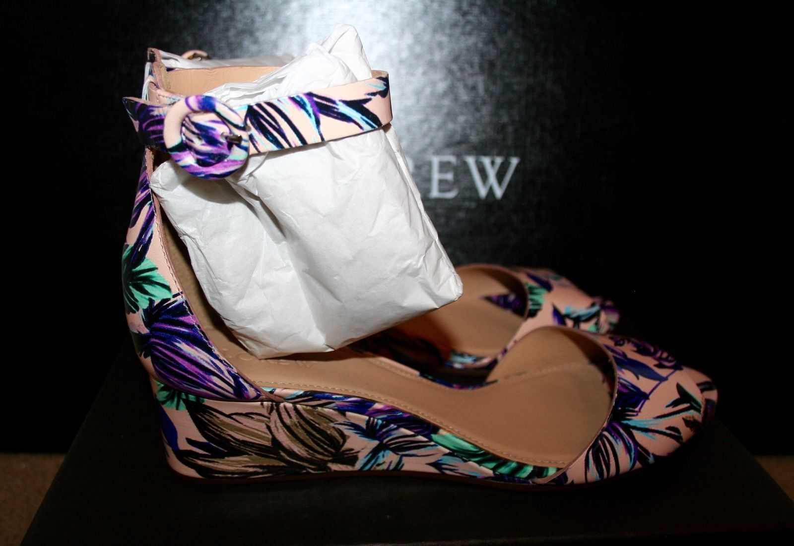 J.CREW LAILA LEATHER WEDGES IN FLORAL SIZE 7M PALE BUFF E7854