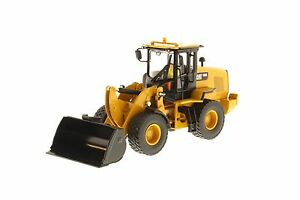 Caterpillar-1-50-scale-Cat-930K-Wheel-Loader-Diecast-Masters-85266