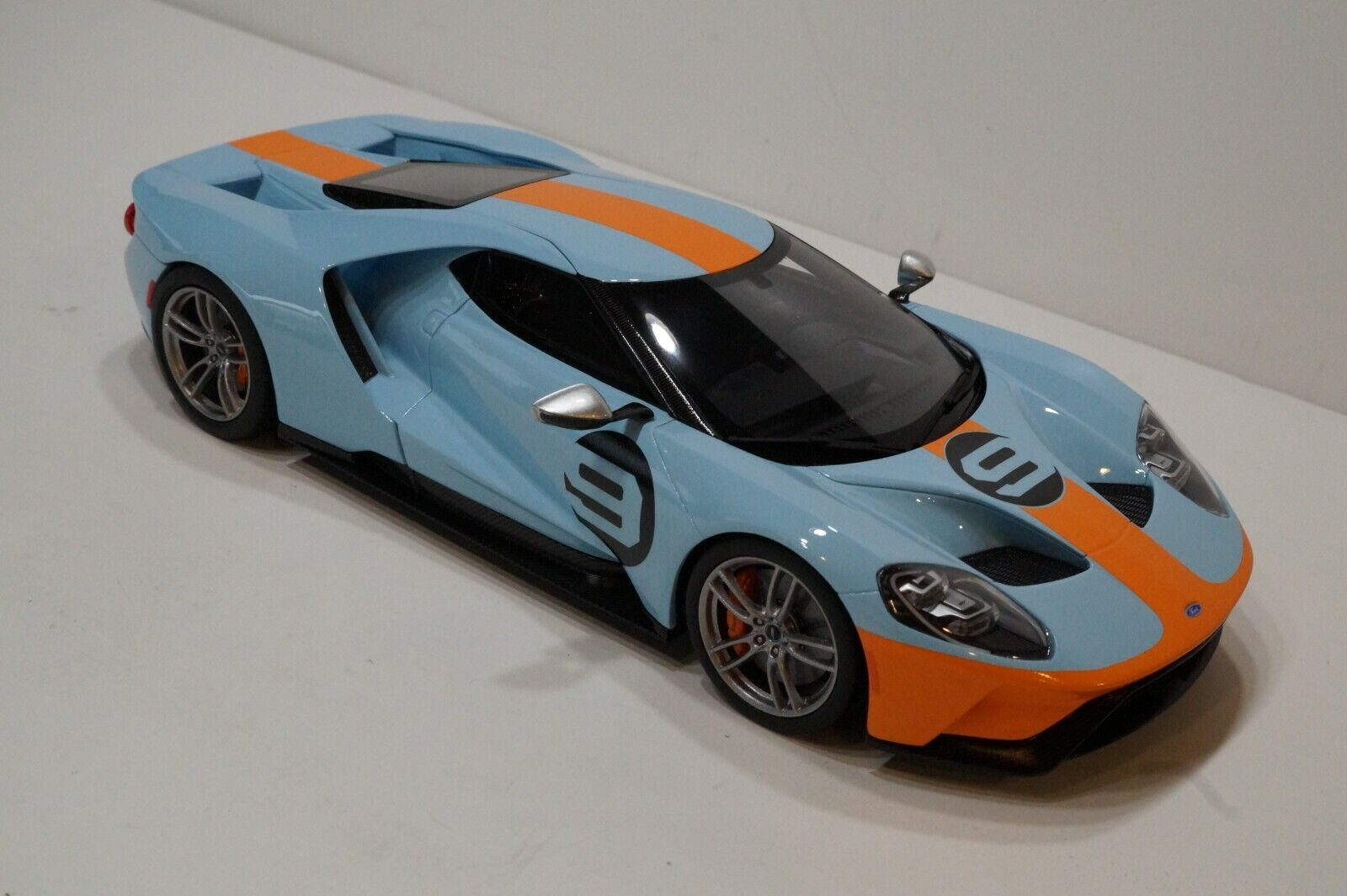 FORD GT Heritage Edition - 2019-échelle 1 18
