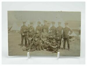 Antique-military-WW1-RPPC-postcard-portrait-group-regiment-of-soldiers
