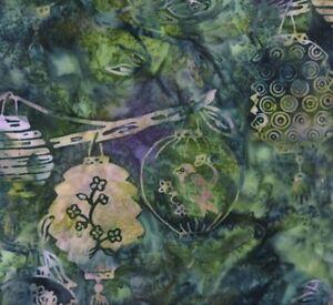Hoffman-Batik-Bali-Chop-Paper-Lanterns-K2450-226-Sea-Holly-Cotton-Batik-BTY