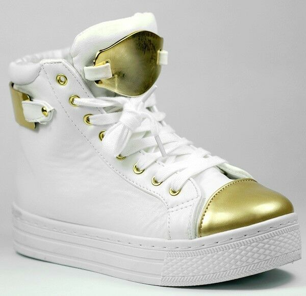 White Gold Metallic Toe Cap Lace Up Platform Sneaker Qupid Maniac-15