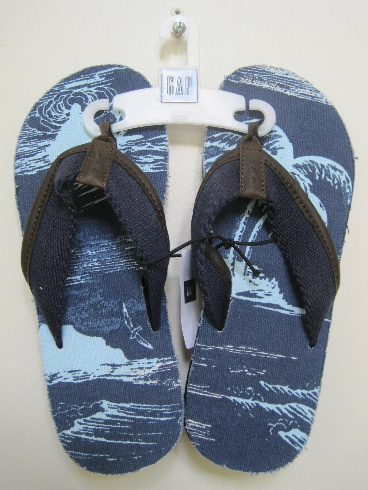 GAP Men's Blue Canvas Flip Flop Sandals Sizes 8,12 NWOB