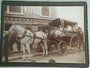Photography-Antique-Effect-Horse-Carriage-Trolley-Grocery
