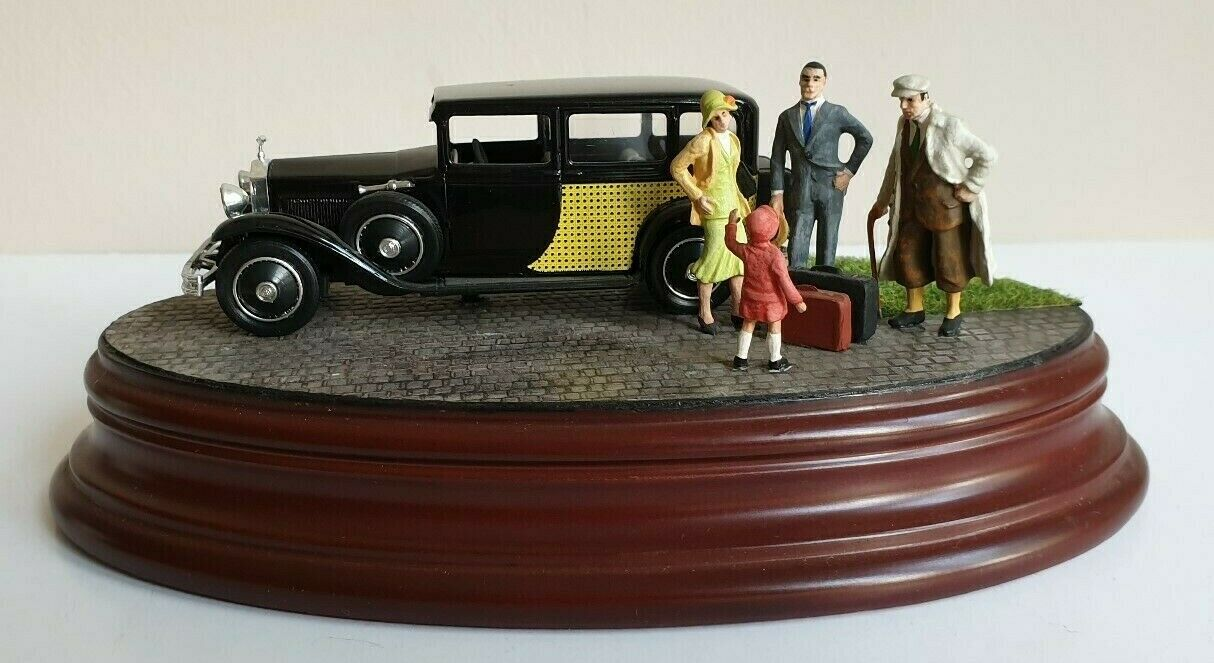 "Rolls Royce De Ville 1930, 1 43 Diorama ""On to the weekend"""
