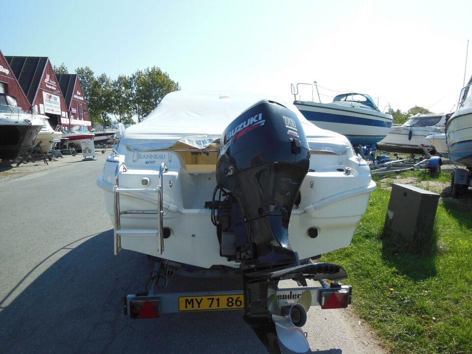 Jeanneau, Motorbåd, fod 5