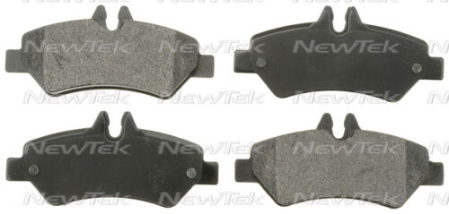 SCD1317 REAR Ceramic Brake Pads Fits   10-12 Mercedes-Benz Sprinter 2500