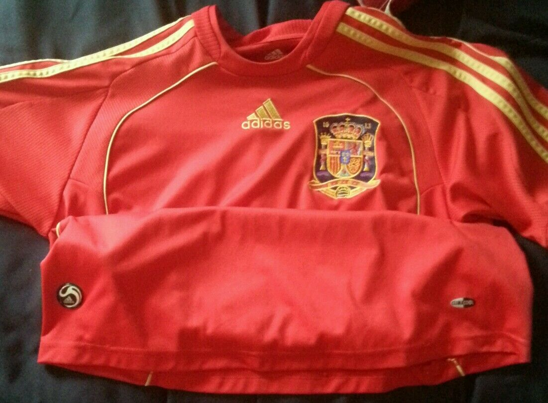 Adidas Spain Real Madrid Barça short sleeve jersey size Adult Small or youth XL