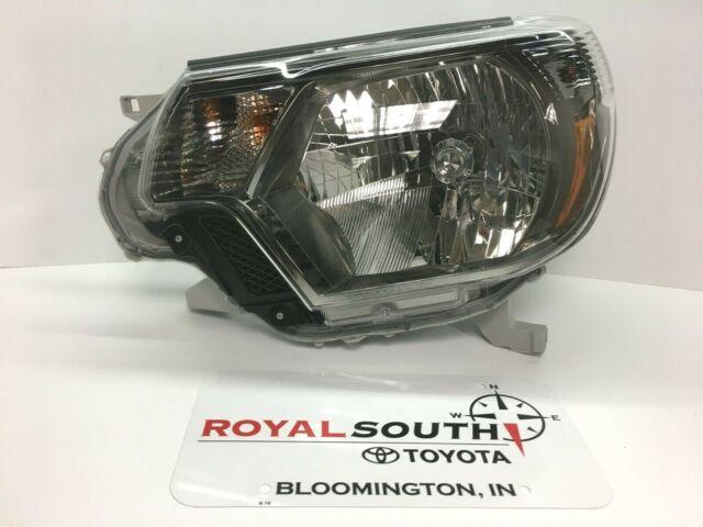 Toyota Tacoma 2012-2015 Right Front Headlight Genuine OEM OE