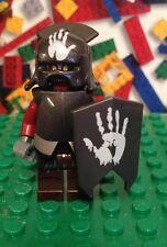 Lego Hobbit Lord of the rings Uruk-Hai Minifigure 9476 Handprint Shield helmet