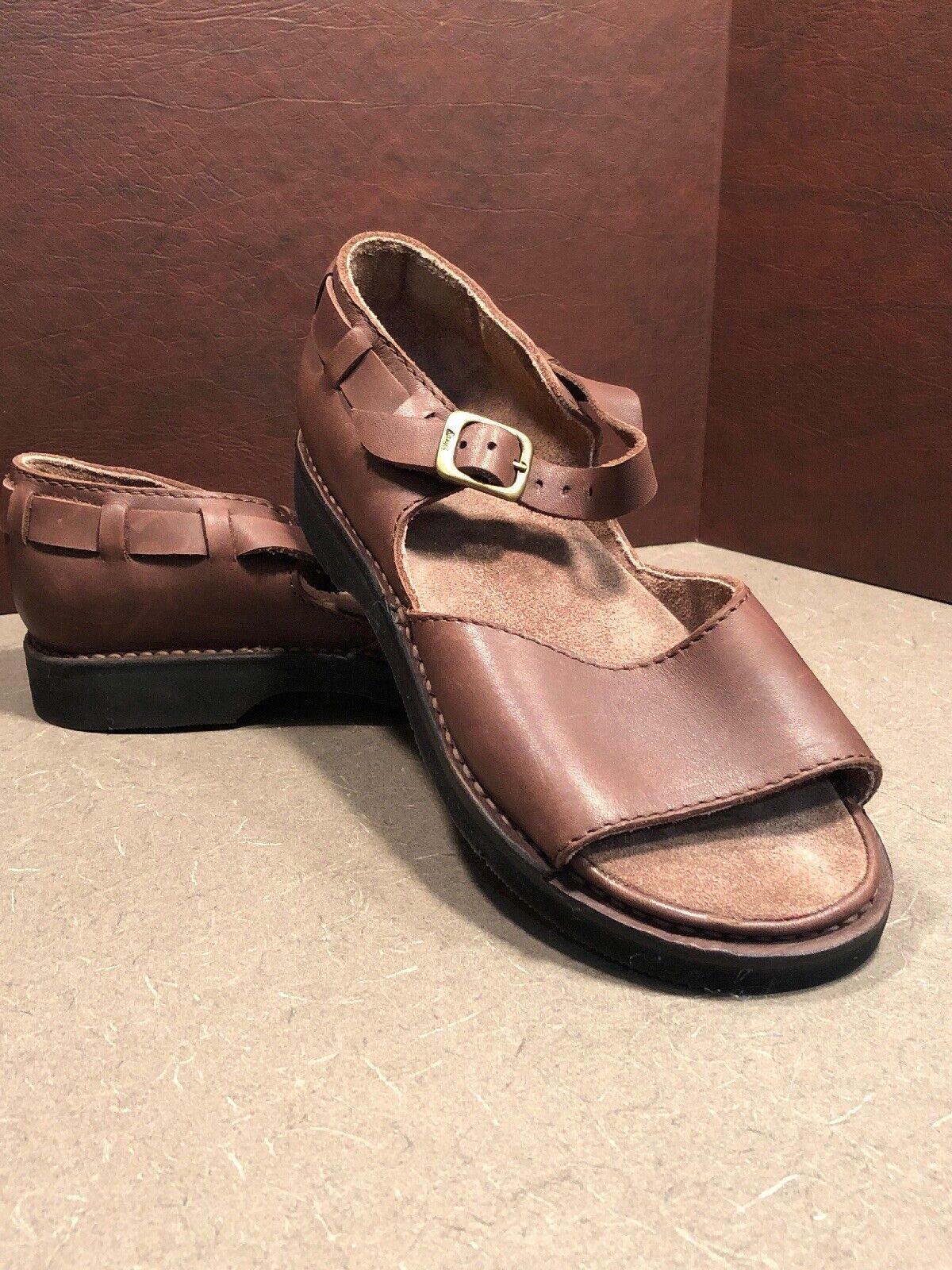 Basics shoe Company Handmade   Brown Leather Mary Janes Sandals 8.5 C