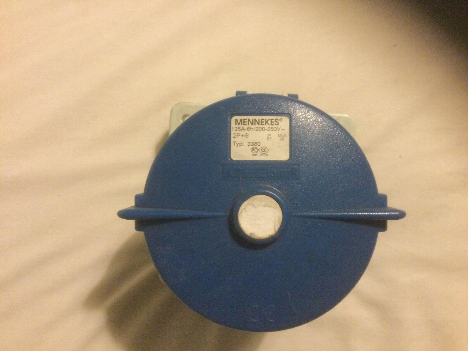 1 x Mennekes 3380 125A 2P+E Panel mounted Socket