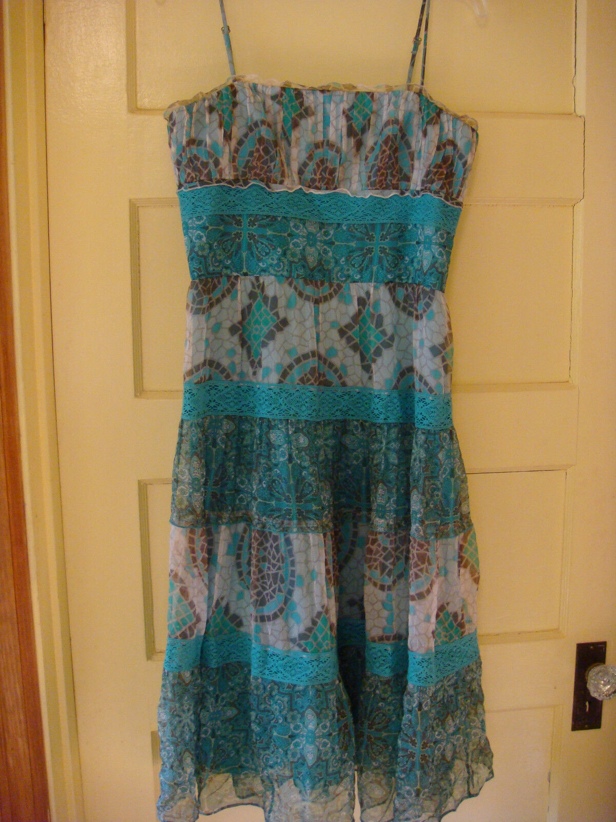 Beautiful Turquoise Mosaic Dress Silk Dress by Laundry Size 6