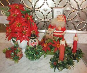 Vintage-Flocked-Santa-Christmas-Center-Piece-Poinsettias-Plastic-Candles
