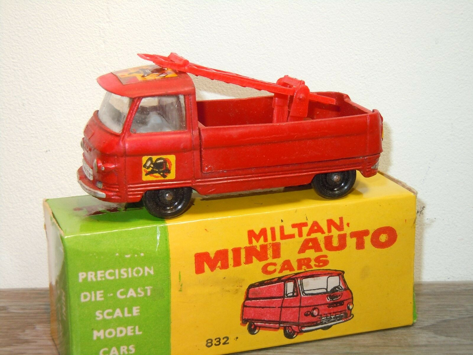 Commer 3/4 Ton Chassis Fire Service - Milton 832 India in Box *34645